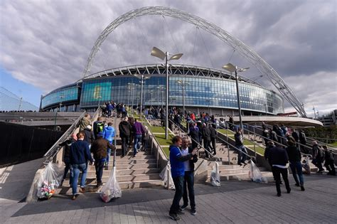 Tottenham Hotspur close to agreeing Wembley move for 2017